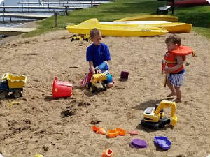 sandy_kids_area_by_lake_front.jpg